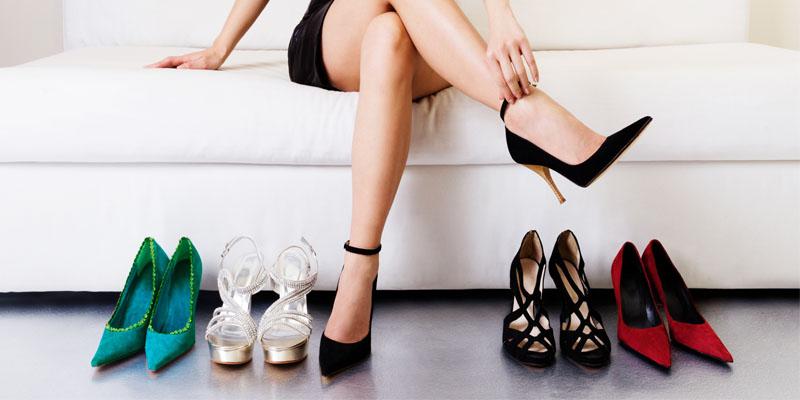 Topuklu Ayakkabı İle Kombinlenmemesi Gereken 6 Kıyafet!