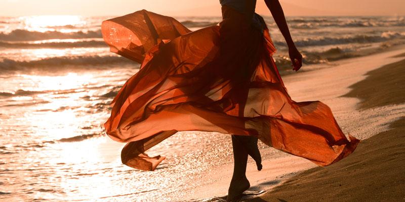 Plajda Giyebileceğiniz 6 Elbise Kombini