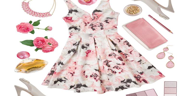 Yazın Favorisi Çiçekli Elbiseler