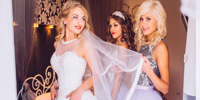 Yaz Düğünlerine Özel Elbise Modelleri