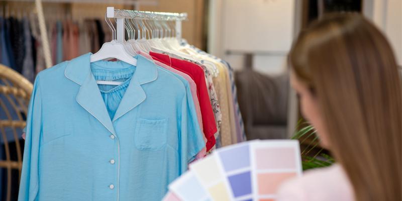 Kıyafetlerde Renk Kombini Nasıl Sağlanır?
