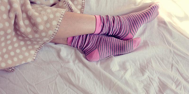 Pembe çoraplar