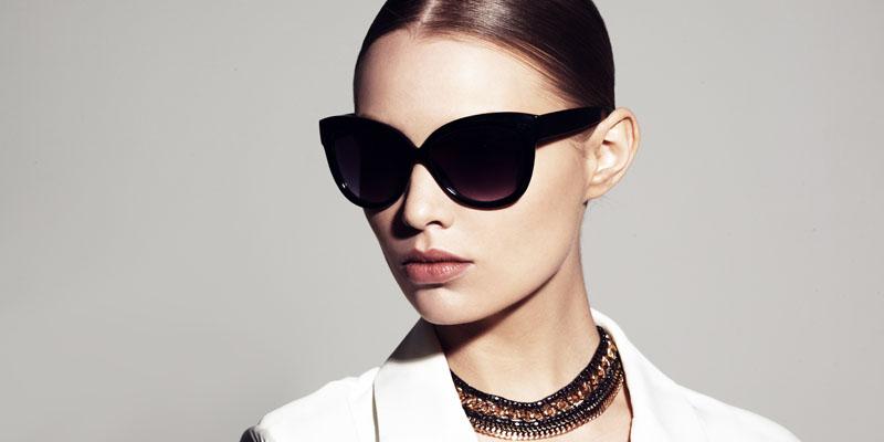 Oğlak burcu için gözlük modeli