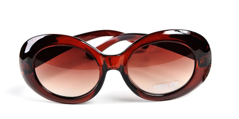 Koç burcu için gözlük modeli