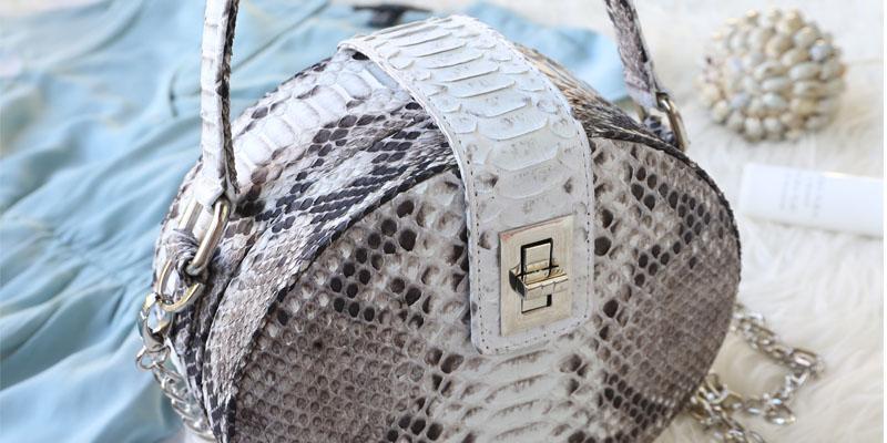 yılan derili çanta