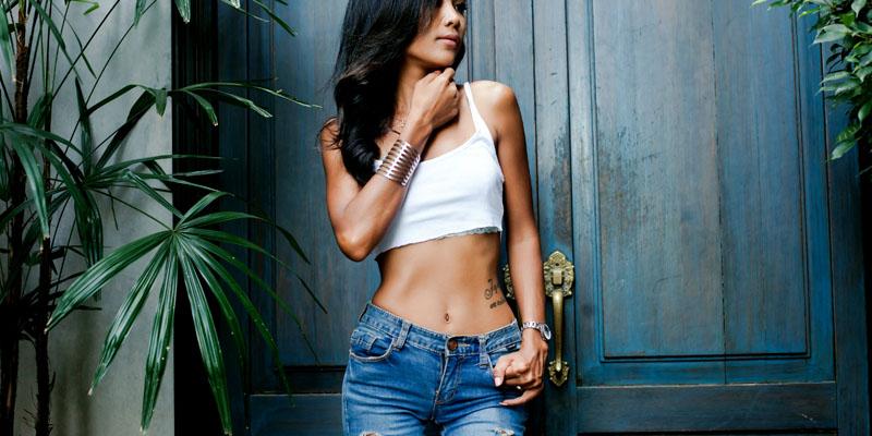 crop-top-skinny jean kombini