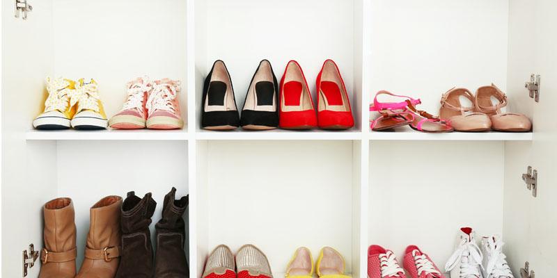Ayakkabı saklama işlemi
