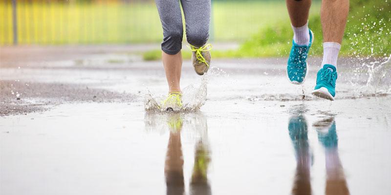 Islak ayakkabı