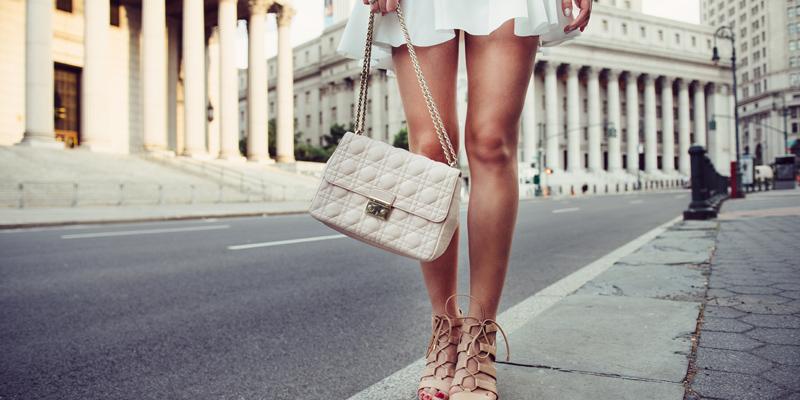 Çanta elbise kombini