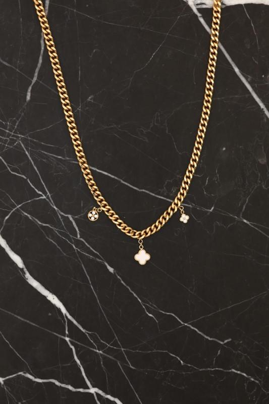Gold Küçük Beyaz Yonca Figürlü Kolye