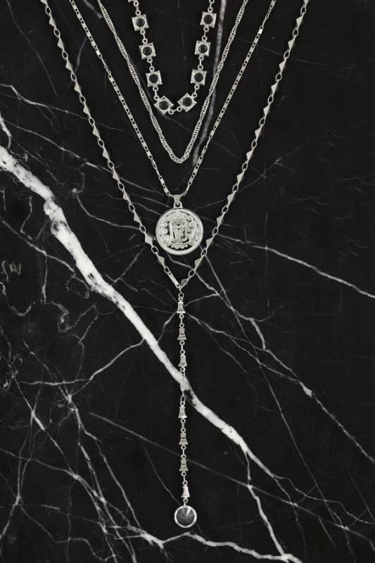 Silver Renk Madalyon ve Taşlı Kolye